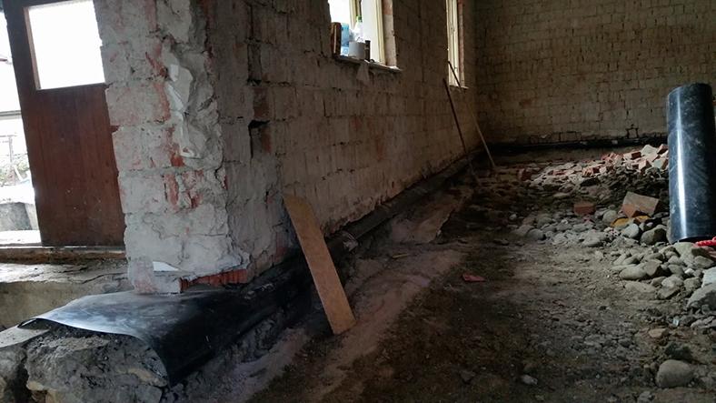 Dodatočná izolácia v pracovnej špáre interiér